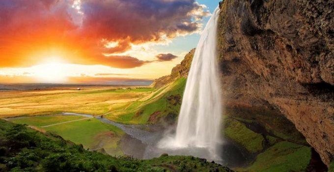 Imagen de la oferta 8 días Islandia por 296€ incluyendo Vuelos ida y vuelta + Iglú de madera