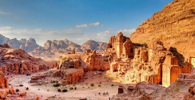 Imagen de la oferta Jordania: Vuelos desde España por 65€ trayecto
