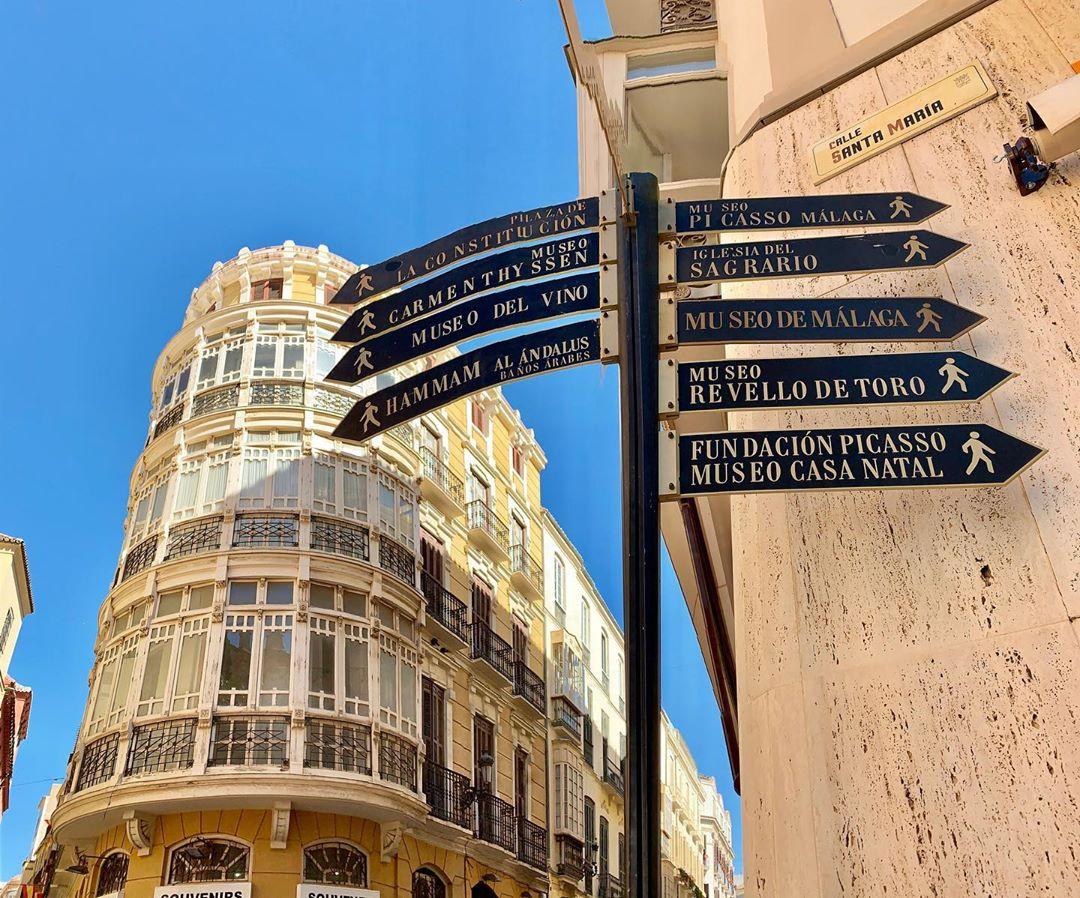 Carteles en Málaga