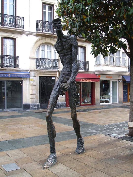 Vitoria-Gasteiz El Caminante